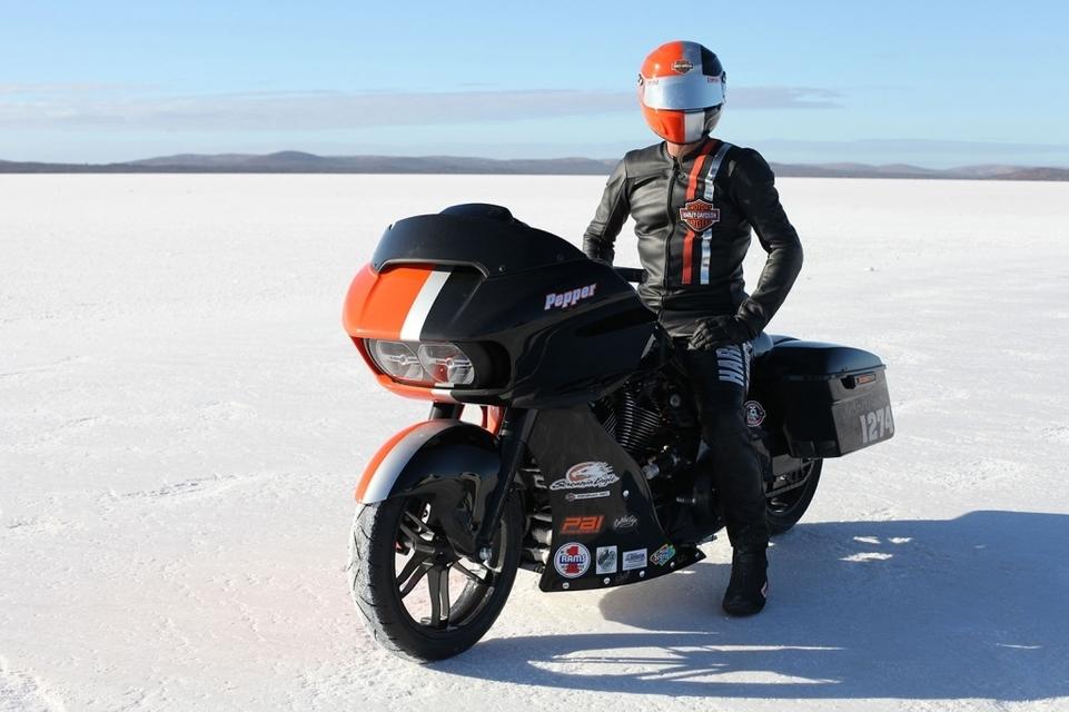 265,753 km/h à l'heure avec un Harley